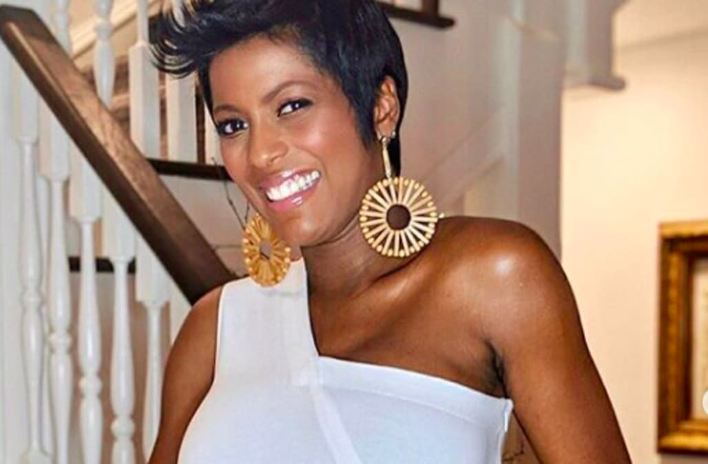 79e6d4c74e26d Tamron Hall reveals she's pregnant, married in surprise announcement: Watch