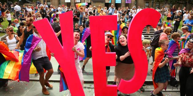 En Australie, le Parlement autorise le mariage pour tous.