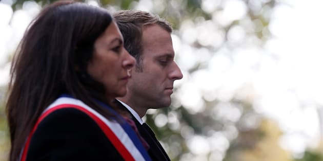 La maire de Paris Anne Hidalgo et le président Emmanuel Macron lors des commémorations des attentats du 13 novembre.