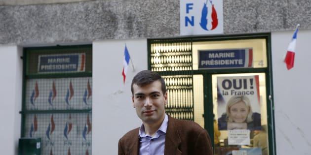 Gaël Nofri devant les locaux du FN à Nice, le 26 novembre 2012