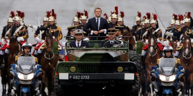 Emmanuel Macron, déjà dans la peau du Président