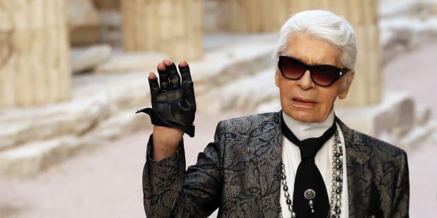 Karl Lagerfeld en un desfile de Chanel.