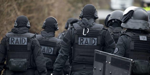 Photo d'illustration. Des membres du Raid lors d'un exercice anti-terroriste à Sens, en mars 2016
