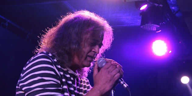 Bollywood singer and composer Lucky Ali performing at FLYP@MTV Cafe, Connaught Place, on April 29, 2017 in New Delhi, India. (Photo by Shivam Saxena/Hindustan Times via Getty Images)