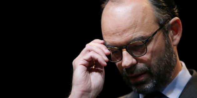 Philippe premier ministre sans parti politique: une première depuis 1981
