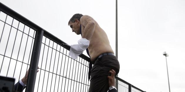 Air-France: des salariés et ex-salariés devant le tribunal pour le procès de la chemise arrachée