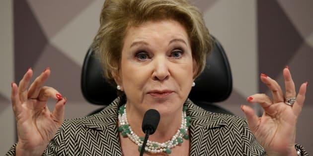 Se você recebeu uma mensagem dizendo que a senadora Marta Suplicy (MDB-SP) está propondo a legalização da pedofilia através da Lei 134/2018, É MENTIRA.