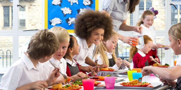 La cantine scolaire du XXIe siècle, c'est du végétarien oui, mais pas que.