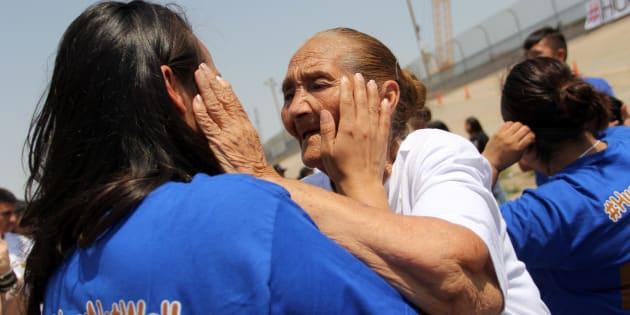 El lecho del Río Bravo fue el punto de encuentro para más de 300 familias separadas por las autoridades migratorias.