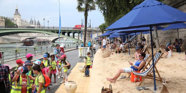 """Virginia Raggi e la spiaggia  a Ponte Marconi: """"Abbiamo giàfatto la bonifica. Ora è un"""