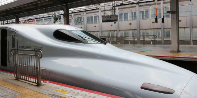 小倉駅と新幹線(イメージ写真)