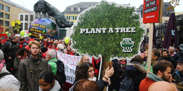 Combien de personnes savent que COP 23 a présentement lieu à Bonn sous la présidence du premier ministre des Îles Fidji, M. Frank Bainimarama?