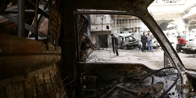 Siria, 70 morti in attacco chimico