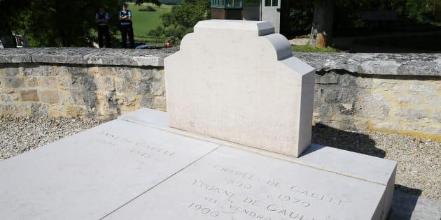 Tombe du général de Gaulle vandalisée: l'auteur condamné à un an de prison avec sursis