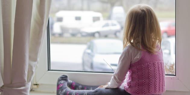 Parce que ma fille devra mener plusieurs combats une fois adulte, je voudrais lui enseigner comment s'armer.