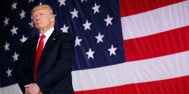 Donald Trump, de retour de son premier voyage diplomatique, replonge dans l'affaire russe