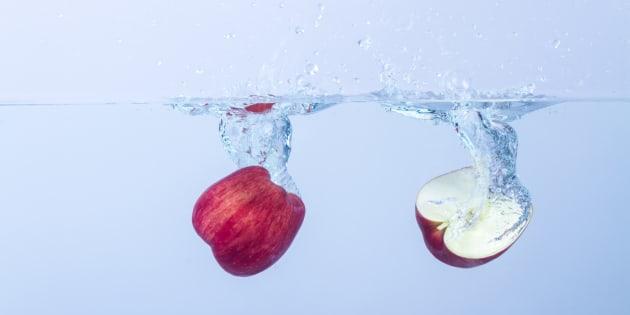 Comment enlever un maximum de pesticides de vos pommes, selon la science