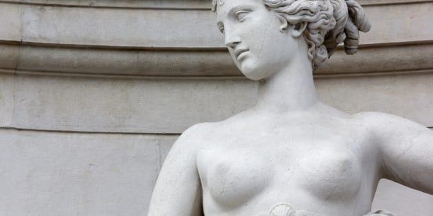 Dans l'art et la politique, voici pourquoi les seins nus ont du pouvoir.