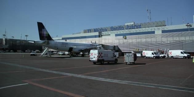 Avión en la Terminal 1 del Aeropuerto Internacional de la Ciudad de México (AICM), el 11 de enero de 2016.