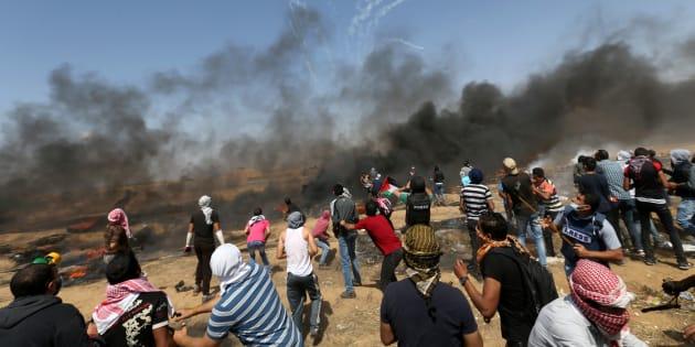 Scontri a Gaza: morti e feriti in un altro venerdì di sangue