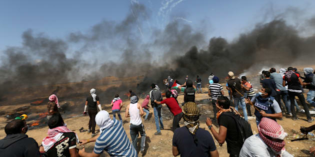 Scontri a Gaza, media: uccisi due manifestanti palestinesi