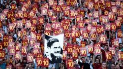Il romanzo infinito del calcio fra Totti, Crotone,