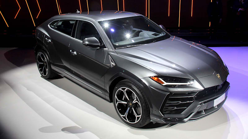 Lamborghini Urus Reveal In Italy Was Dramatic Autoblog