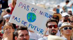 Face à la marche pour le climat, le gouvernement vante son bilan