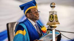 Zimbabwe President Robert Mugabe Shows Up At Uni After Military