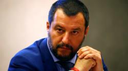 Salvini dénonce les