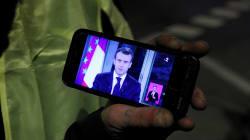Macron prêt à ouvrir le débat sur