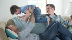 Niños con padres gays tienen mejor rendimiento escolar: estudio