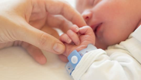 INCHIESTA A TORINO - All'ospedale gli prescrivono l'aerosol per una rinite: neonato muore di