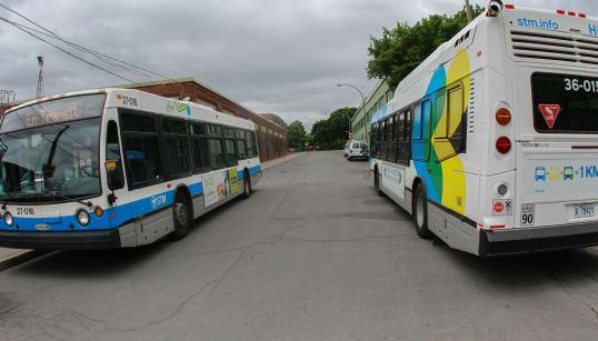 Environ 600 autobus ne peuvent pas être utilisés au Québec par mesure de