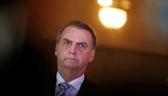 Por que aceno de Bolsonaro a grupos religiosos põe em risco Estado
