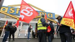 Les futurs ex-salariés de Castorama obligés de former leurs remplaçants polonais? Une