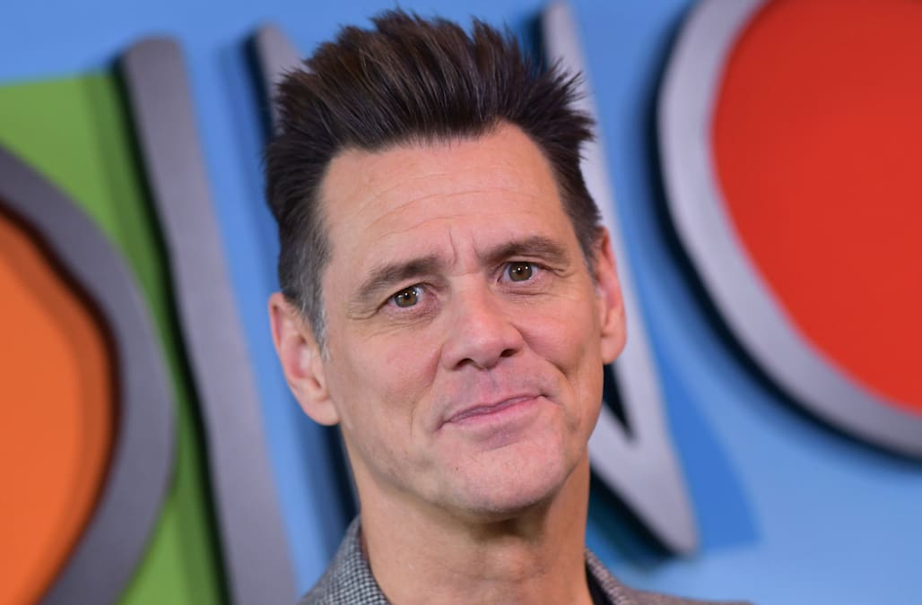 Jim Carrey Praises Jon Stewart Calls Rudy Giuliani An Insect In Provocative Artwork