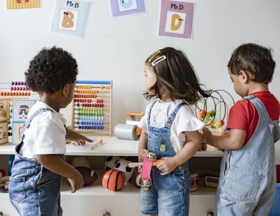 Secret wall at daycare concealed 26 kids: Cops