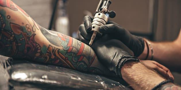 Il existe à peu près autant de raisons de se faire tatouer qu'il existe de tatoués.