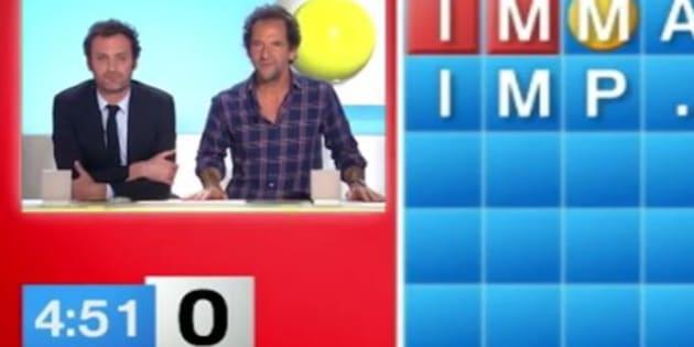 """Augustin Trapenard et Stéphane de Groodt jouent à """"Motus""""."""