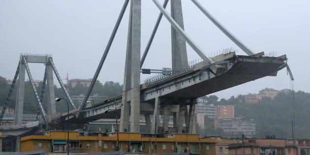 Battaglia social sul crollo del ponte con tweet messicani