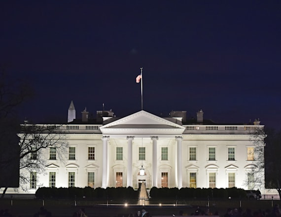 White House changes voicemail during shutdown