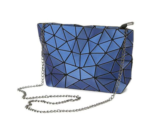 Make a statement with this chic cocktail purse