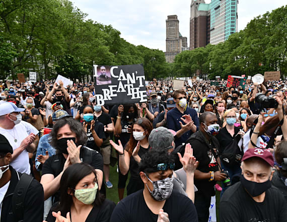 Will crowded protests spark bigger virus outbreaks?