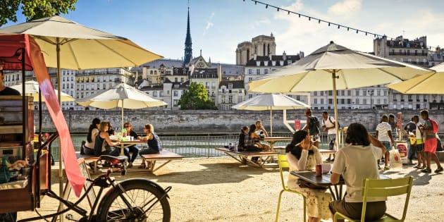 """En 2018, la France est """"bobo"""" comme jamais (photo: Paris-Plages)."""