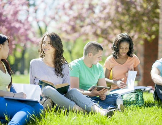 How to spend less and save more at college