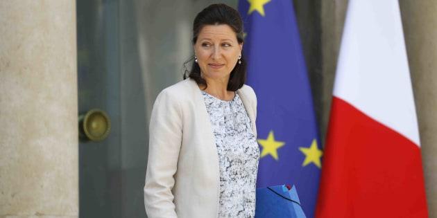 """La ministre de la Santé n'est """"pas contre"""" un paquet de cigarettes à 10 euros."""