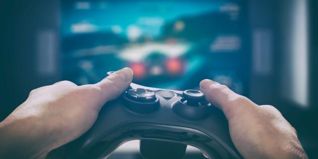 Idee regalo Natale: 10 videogiochi e console in offerta su Amazon