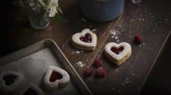 Come rendere più dolce San Valentino? Dalla colazione alla cena, ecco le offerte su
