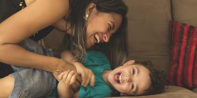 """""""10 choses à ne pas faire en tant que maman mais que je fais quand même en mode rebelle""""."""